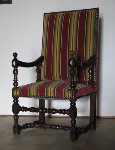 17th Century French Walnut Recliner Armchair