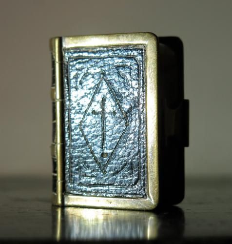 19th Century Snuff Box Bible