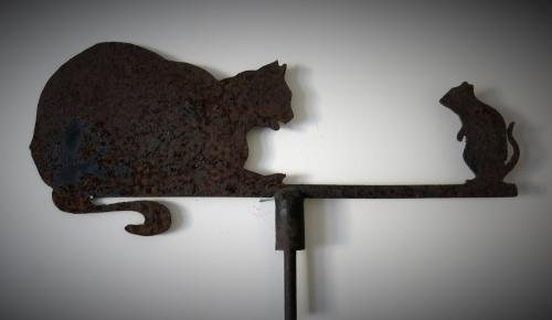 Folk - Art Cat & Mouse Weathervane