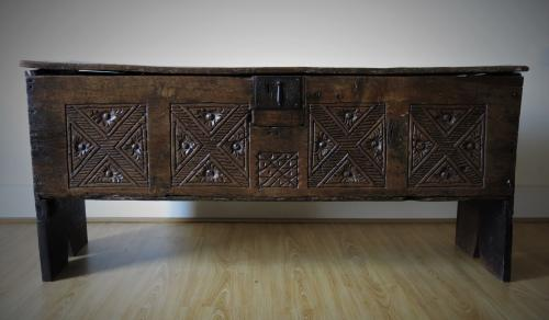 Henry Viii Oak Boarded Chest 1530 -1550