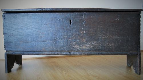 Late Tudor Oak Chest 16th Century