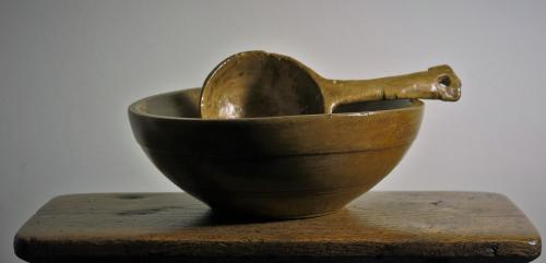 Small English Turned Sycamore Bowl 19th Century